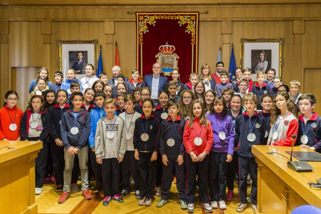 Pleno infantil dos alumnos do colexio San José Josefinas de Ourense.