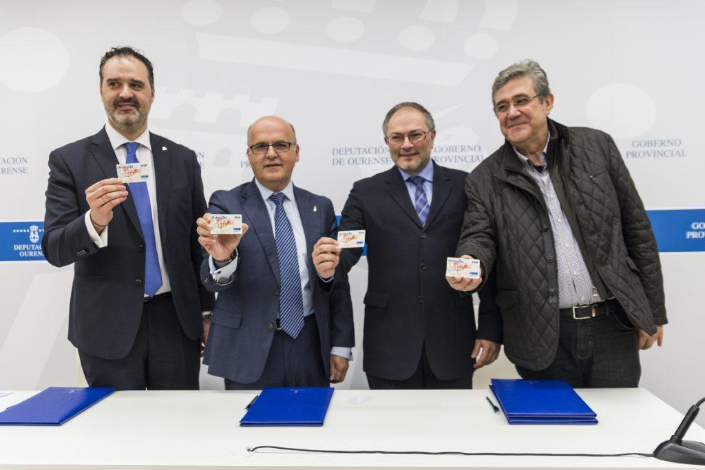 Sinatura do convenio para a tarxeta CHEGOU de axudas á natalidade na provincia de Ourense