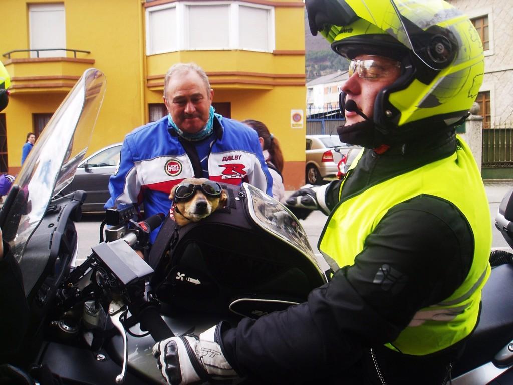 Vulcán a su llegada a la concentración de motos de A Rúa