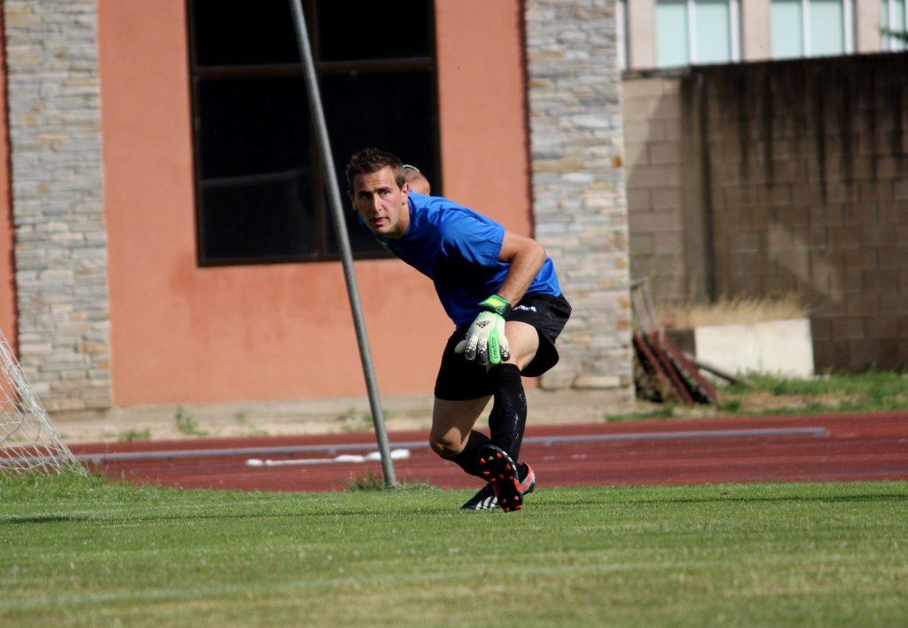 Santi dio el salto al primer equipo desde los juveniles