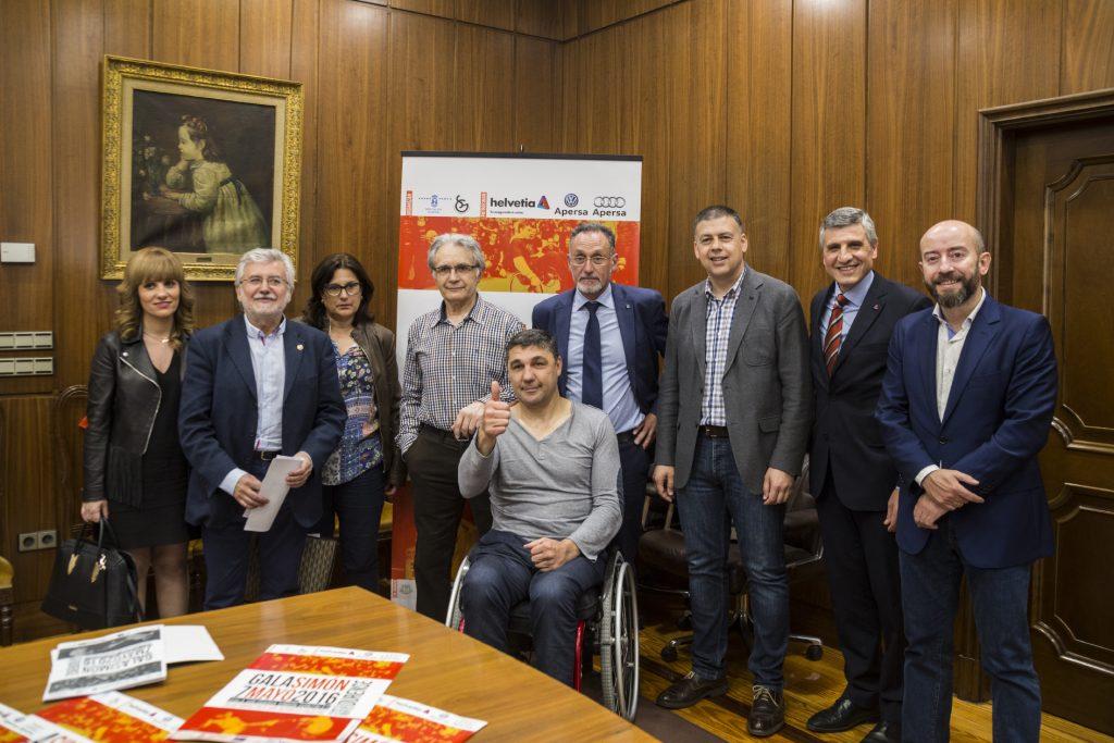 Presentación da gala solidaria en favor de Simón González