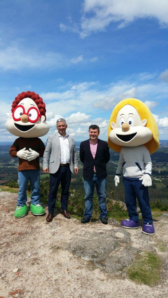 O secretario xeral de Política Lingüística e o alcalde de Boqueixón presentaron no Pico Sacro o novo espectáculo