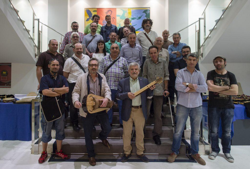Entrega de diplomas aos alumnos do Obradoiro de Instrumentos