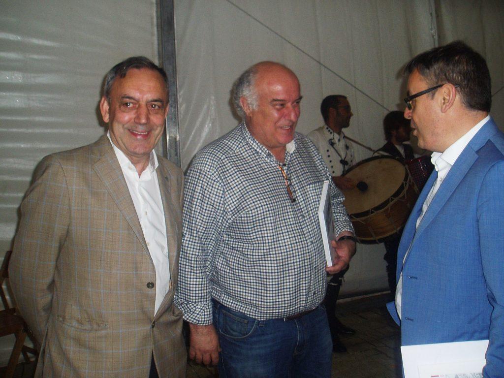Foxo con Avelino García y el periodista Jesús Manuel García