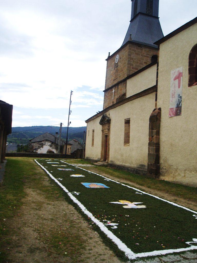Frente a la Iglesia de San Esteban