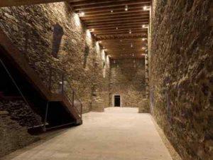 Bodega del Castillo de los Templarios donde se realizó la cata (previa a la preparación de la misma)