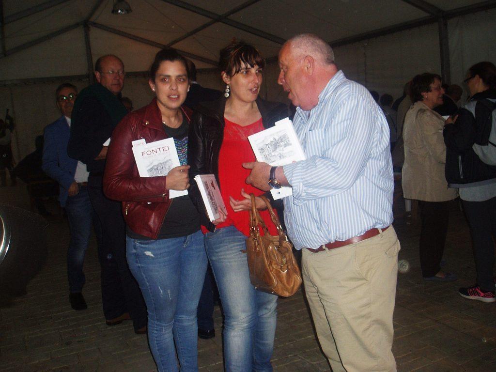 La alcaldesa de A Rúa con el alcalde de Petín