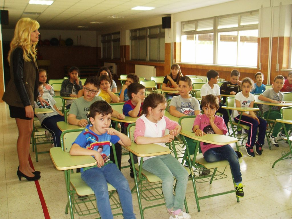 Los niños del colegio de Vilamartín