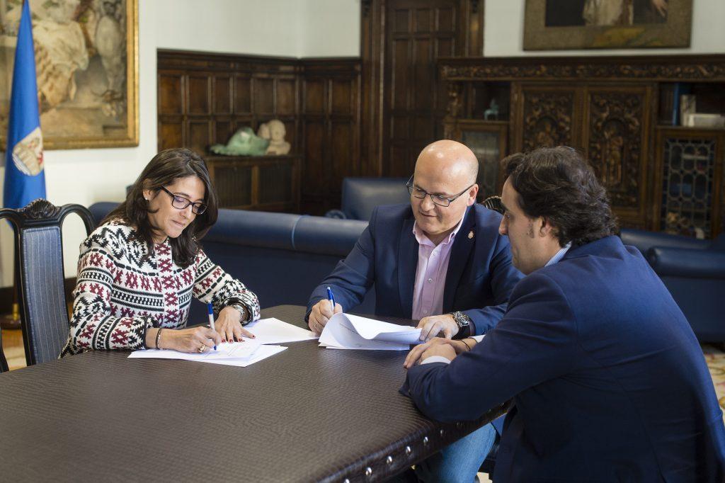 Paloma Domínguez, Manuel Baltar e Jorge Pumar
