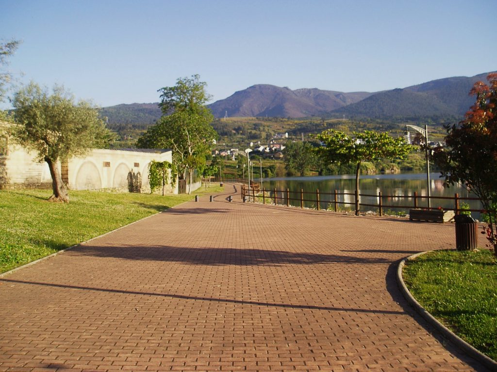 Zona de recreo de Petín