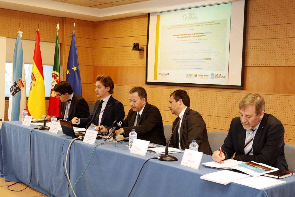 En la primera sesión de trabajo participaron Jesús Gamallo, Ignacio López-Chaves, Melchior Moreira, Rafael Sánchez y Emídio Gomes