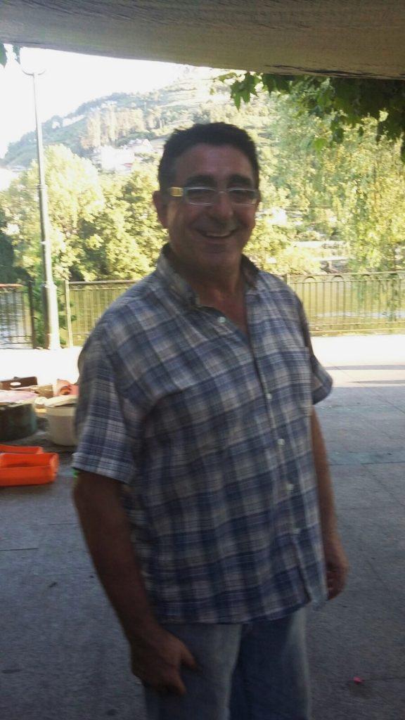 Carlos Jimeno enseñó a realizar cerámica raku