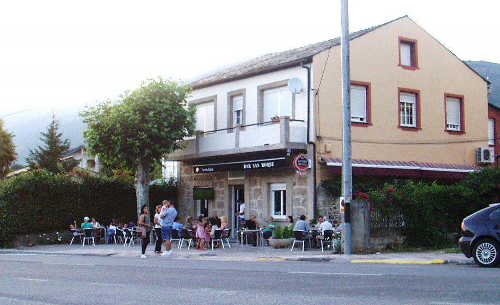 Exterior bar San Roque