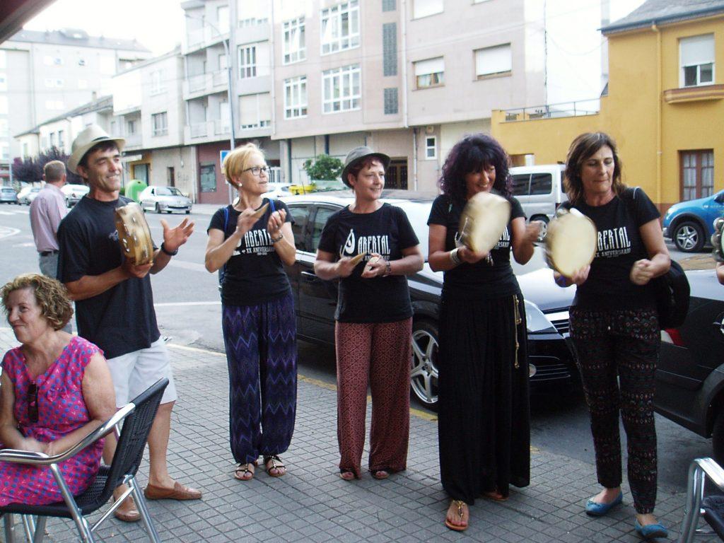 Grupo de cantos de taberna