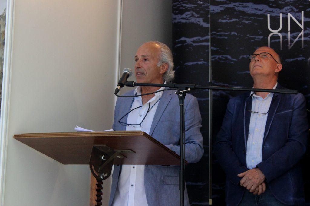 Álvaro pino durante el pregón de la XIX Feira do Viño de Valdeorras, junto al Presidente del Consello Regulador
