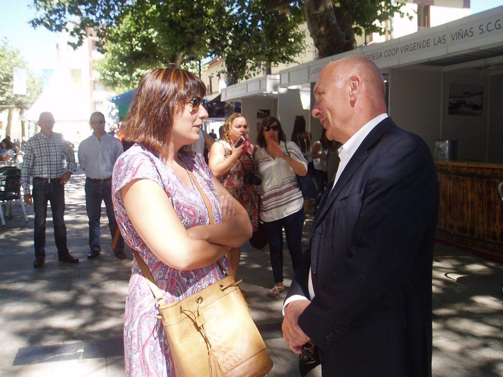 La alcaldesa de A Rúa con José Álvarez