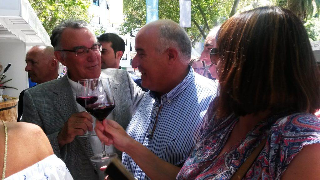 La alcaldesa de A Rúa, el alcalde de O Barco y Avelino García Ferradal
