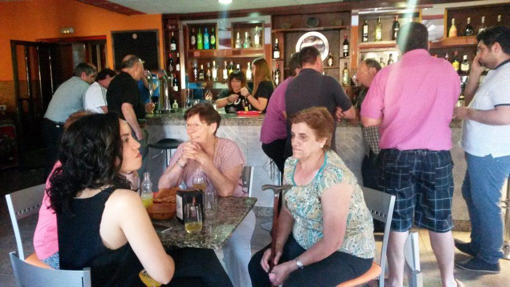 Momento de la inauguración del bar San Roque