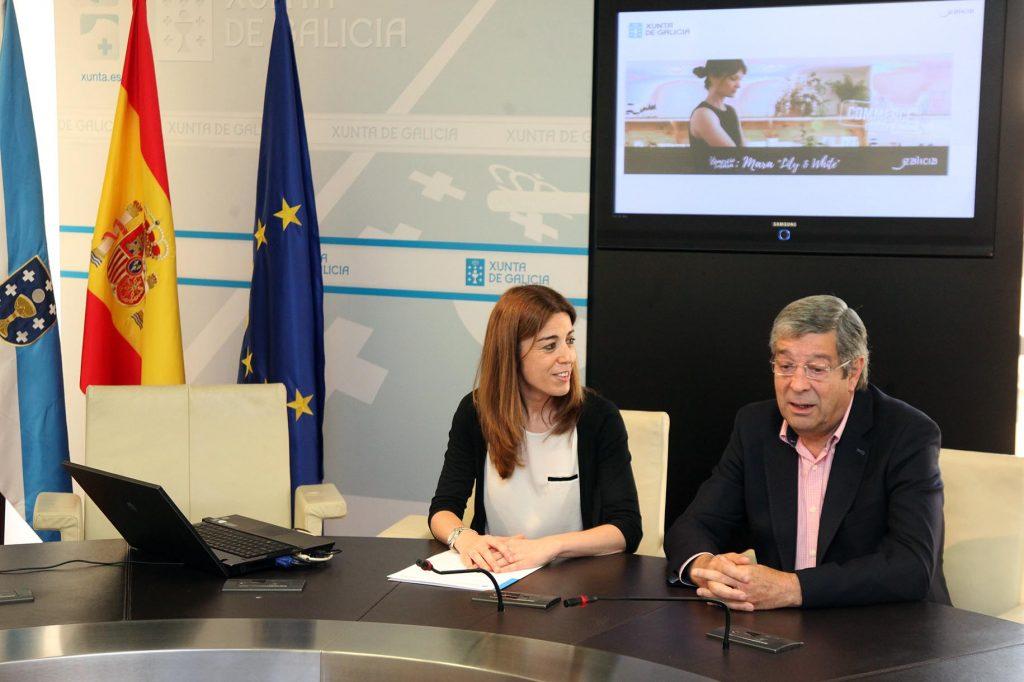 A directora xeral de Comercio, Sol Vázquez, acompañada polo presidente da Federación Galega de Comercio, José María Seijas López