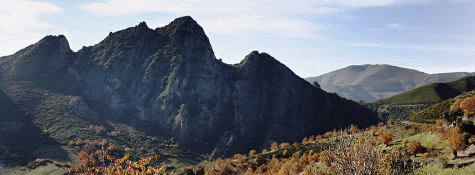Serra de Enciña da Lastra