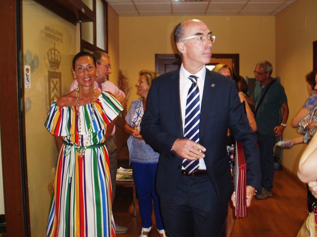 El conselleiro de Sanidade y Marisol Díaz