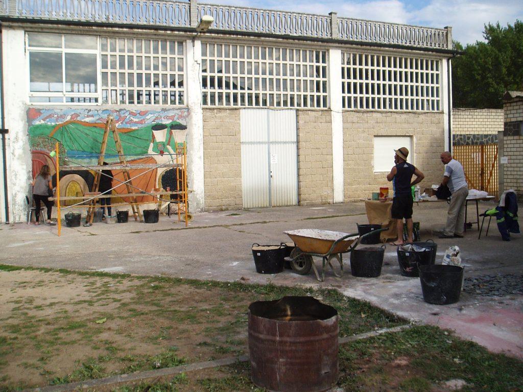 El horno de la cerámica y el entorno creativo, en las piscinas de Vilamartín