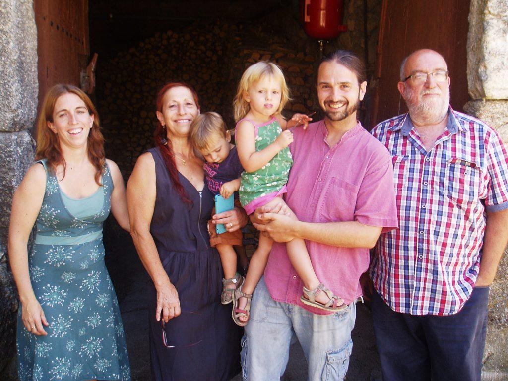 La familia que viene cada verano a Casasola