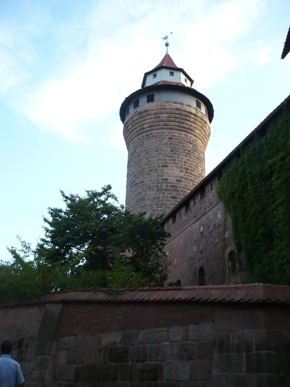 Nuremberg Torre Castillo