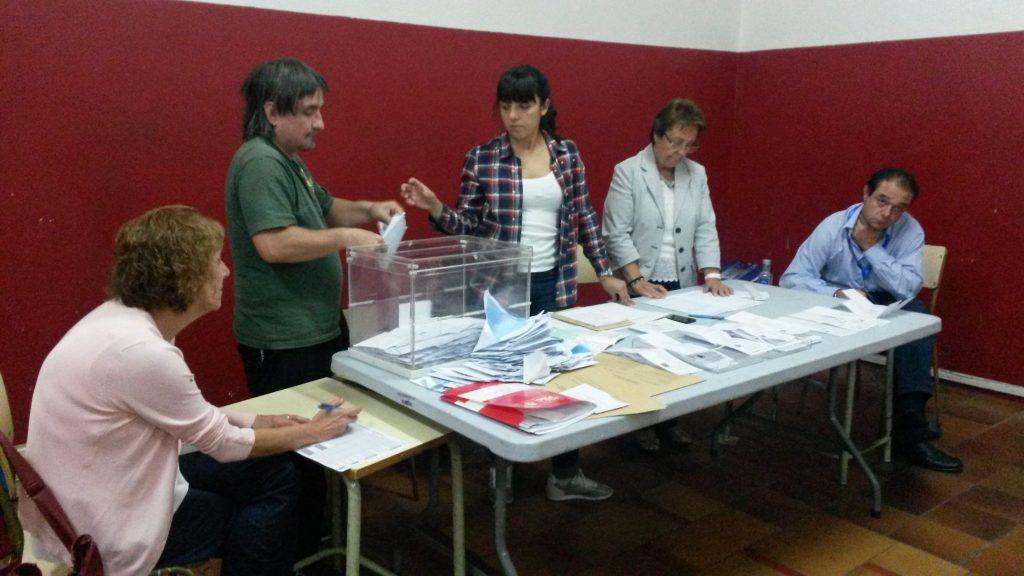 Recuento de votos en A Rúa