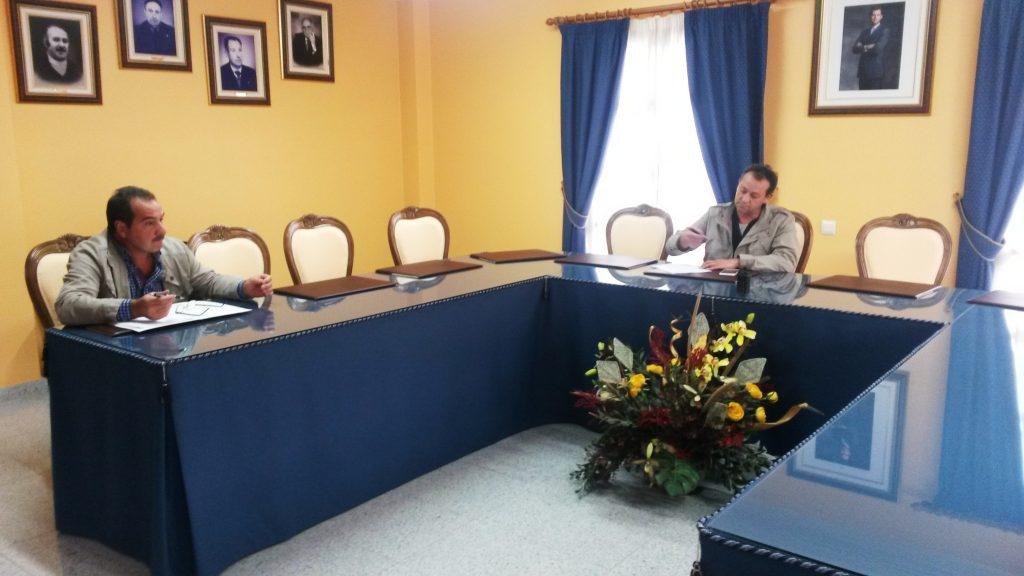 Álvarez Barreiro y Pinto, durante la corta sesión plenaria