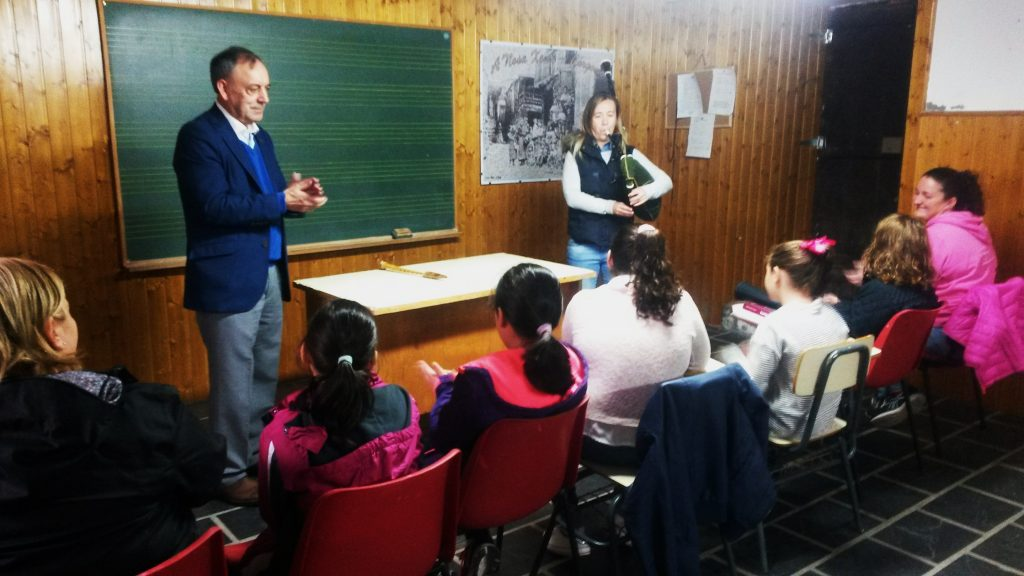 La primera clase de la escuela de Córgomo