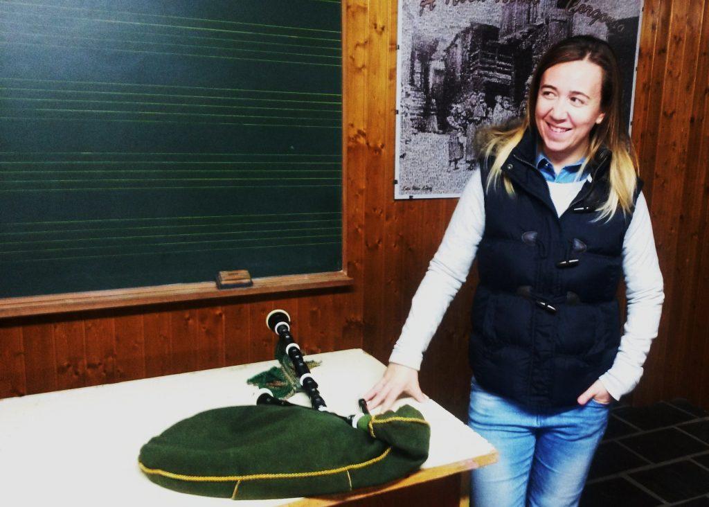 Raquel Fernández es la profesora de la Escola de Galitas de Córgomo