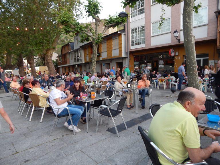 Plaza de Viloria en sus fiestas este verano