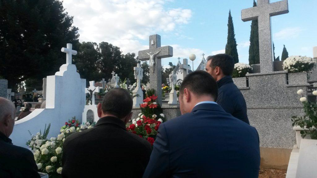 En el cementerio de O Barco