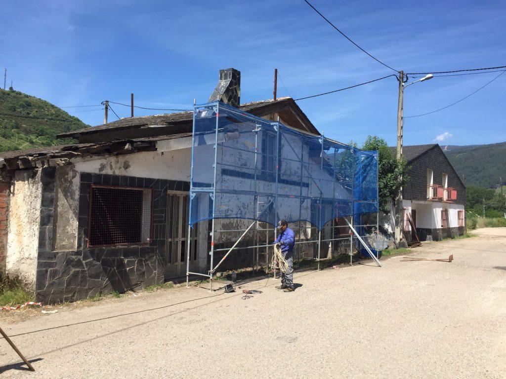 Las obras para asegurar el tejado habían comenzado el pasado verano