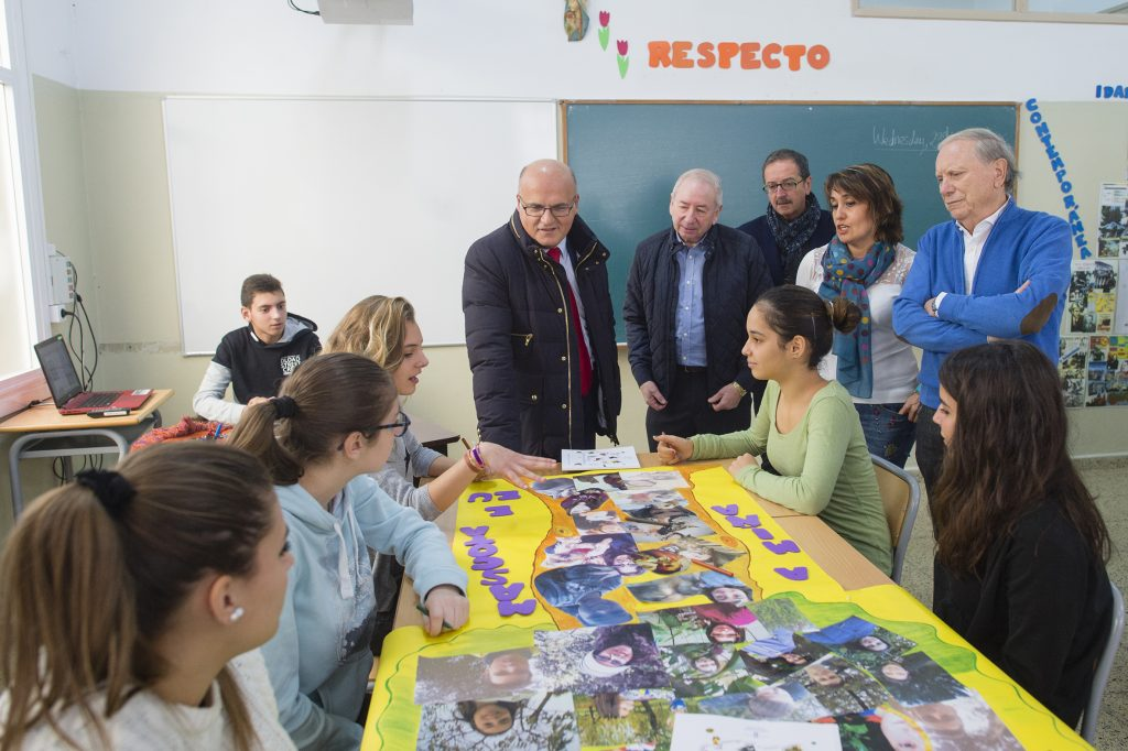 Manuel Baltar, na súa visita ao colexio Padre Feijoo Zorelle