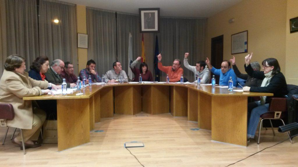 Momento de la votación del pleno de A Rúa