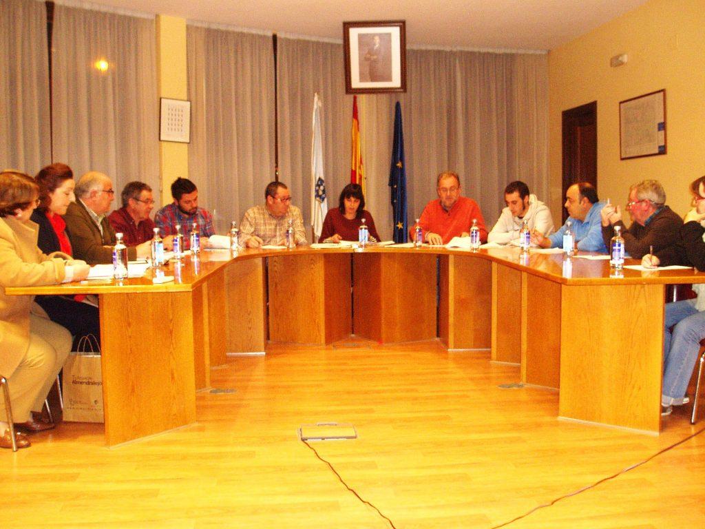 Pleno del 15 de noviembre en el que la alcaldesa anunció que ya estaban a disposición del PP las cuentas