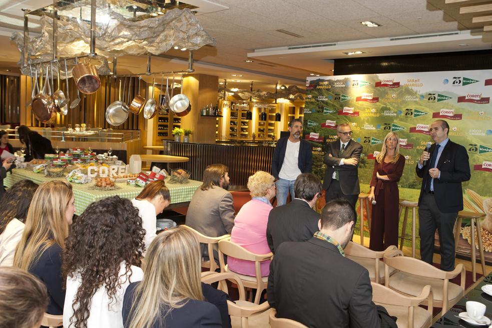 El Chef Pepe Solla; el director de Galicia Calidade, Alfonso Cabaleiro; la directora comercial de Huevos de Coren, Cristina Guardiola; y el director de compras de hostelería de El Corte Inglés, Javier Cerro.