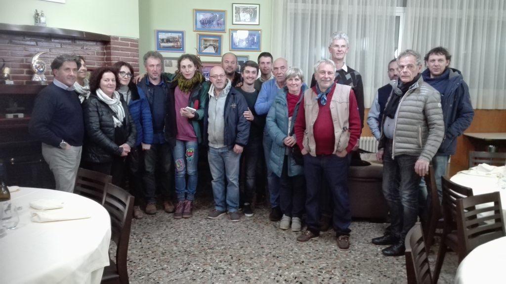 El grupo que visitó La Perdida de Larouco de Nacho González